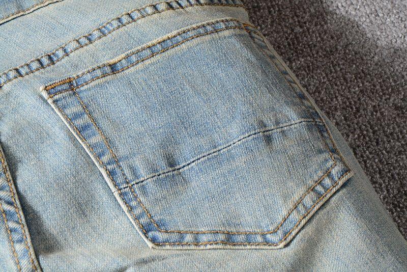 Großhandel Fashion Herren Jeans Loch Hosen Motorrad Biker Herren Loch Waschen Ripped Old Fold Hosen Casual Runway Denim Hosen Freizeithose Von