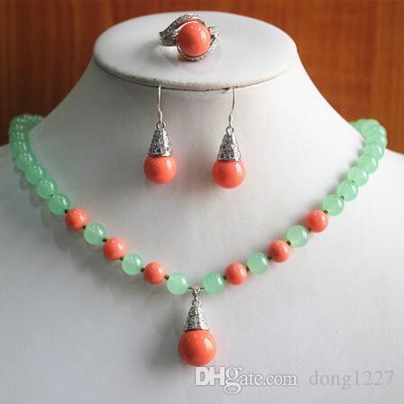 regalo di gioielli! commercio all'ingrosso, prezzo di fabbrica donne verde chiaro rosso naturale giada / collana di perle anello dell'orecchino (/ 7/8/9) set