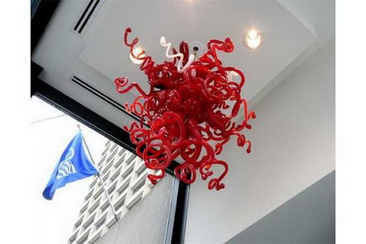 في مهب المعاصر Red نوع زجاج شنقا سلسلة الثريا رائع الديكور المنزلي تشيهولي نمط اليد الزجاج LED إضاءة الثريا