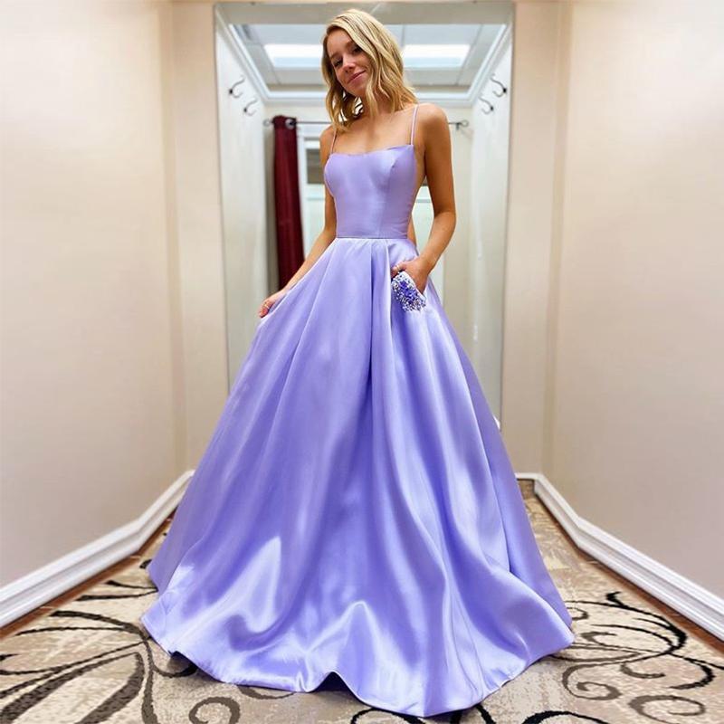 2020 New Light Lavanda Una linea floor-lunghezza Satin Prom Vestito decorato con fiori Reno Pietre Perle 3D