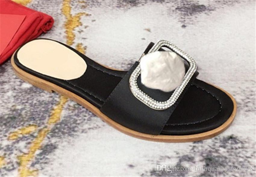 saltos altos sandálias chinelos As últimas sandálias marca plana chinelos mulheres banquete do casamento festa sapatos pescador sapatos 22ss 654