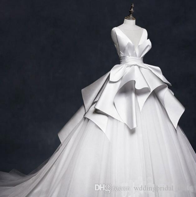 Zarif Fildişi Balo Gelinlikler Custom Made Yorgun Etek Yeni Coming Gelinlik elbiseler de soirée