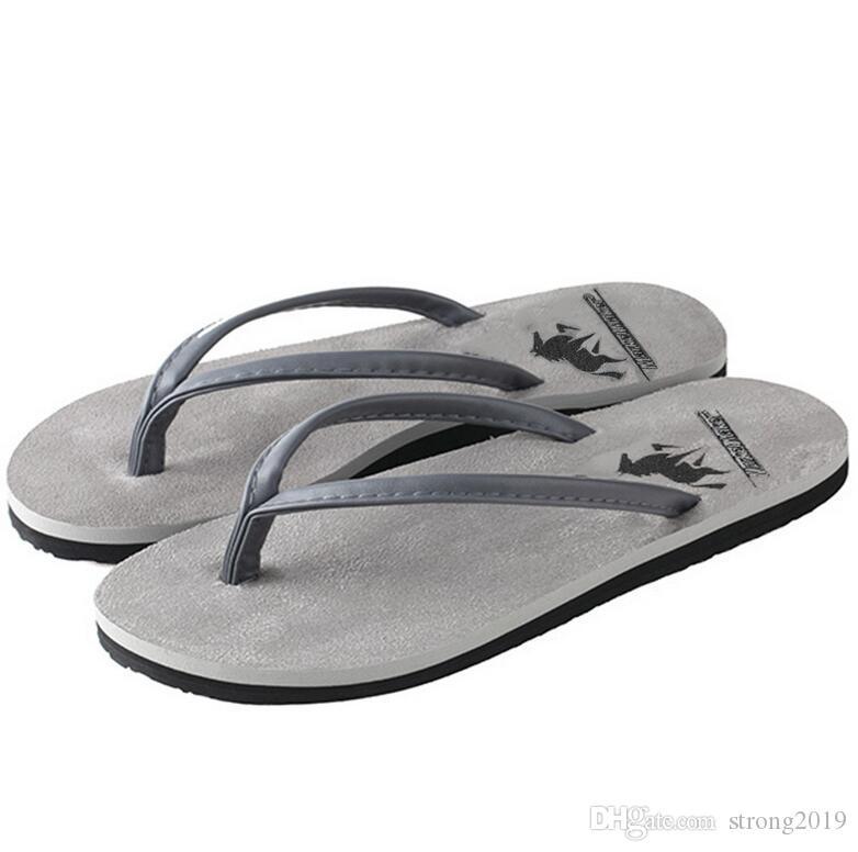 2020 nouveau couple pantoufles en daim été mâle tongs sandales de plage antidérapants fabricants