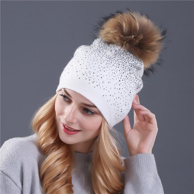 şapka Tavşan kürkü yün örme şapka kadınlar için Yapay elmas şapka Shining vizon pom pom kadın bere kadın kışlık şapka