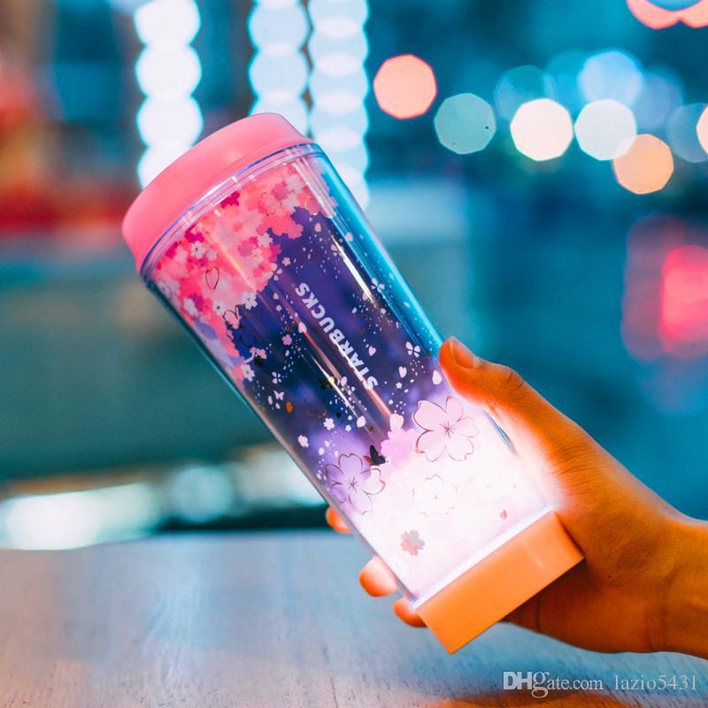 صيف جديد ستاربكس الوردي ساكورا LED Luminescenc فنجان القهوة 12OZ أزهار الكرز تحلق خارج الباب المحمولة كوب مرافقة
