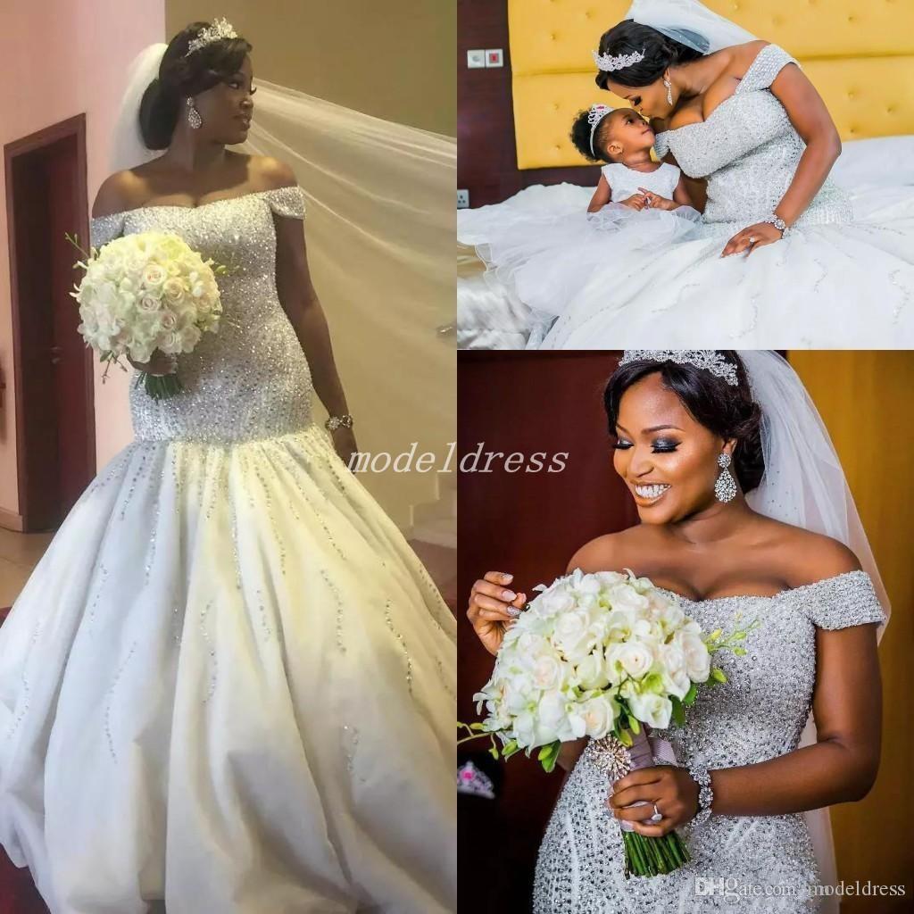 Lujo Tallas de lujo Vestidos de novia Sirena 2019 Off Hombro Sweep Train Mayor Capilla de cuentas País Africano Vestidos de novia Vestido de Novia