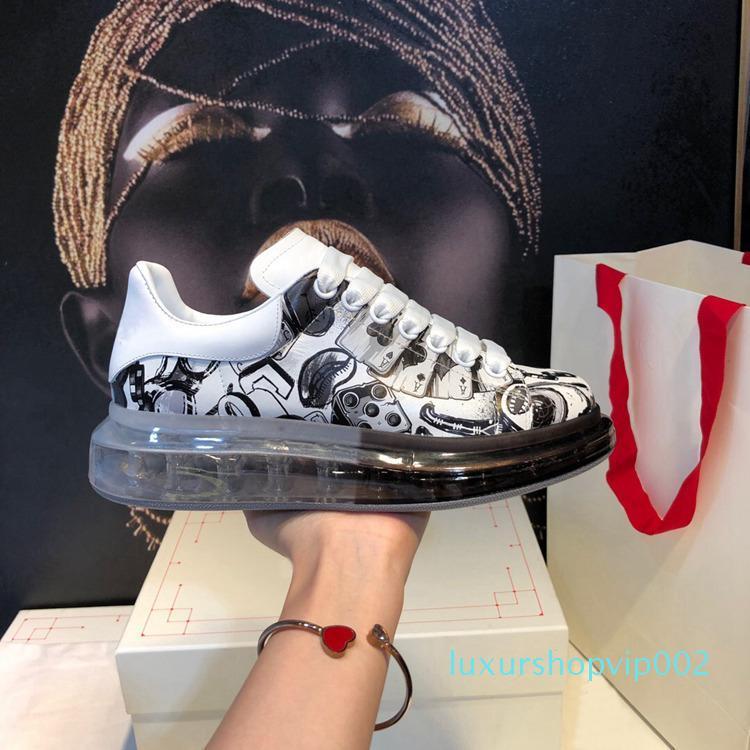 Suola spessa Scarpe sportive uomo e scarpe per il tempo libero delle donne primavera e l'estate 2019 aggiornato Edition alta trasparente gomma vuoto Moda inferiore
