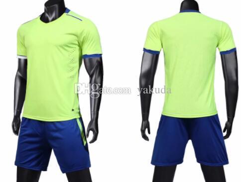 تصميم الرجال مخصص لتدريب شبكة دعوى كرة القدم الكبار شعار مخصص بالإضافة إلى عدد مجموعات لكرة القدم الفانيلة والسروال حسب الطلب الزي الرسمي مجموعات الرياضة