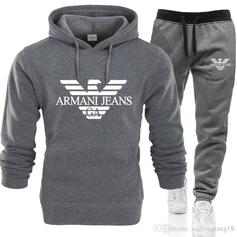 Pantalons Sweats à capuche Designer Mens Survêtement Mode + 2 jeux Piece Solid Color Marque Outfit Suits 2020 Survêtements pour Ms