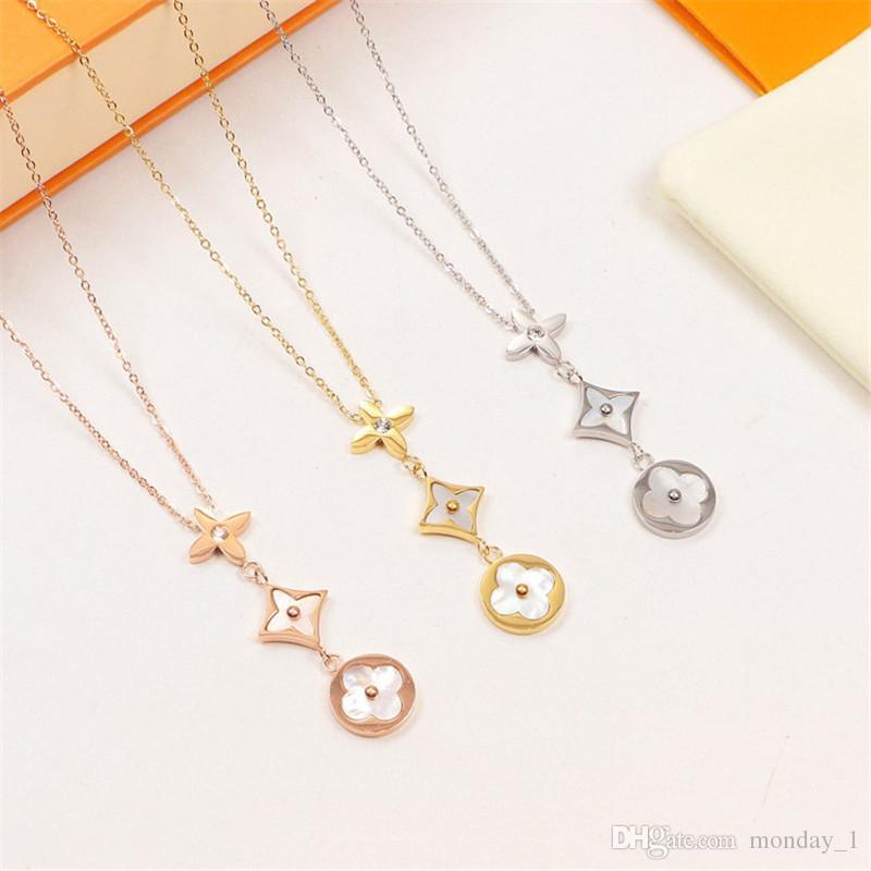 Bonzer Craft Necklace for Women Geometric Circle Diamond Exquisite Pendant Stylish and Elegant T-stage Catwalk Fashion Necklace