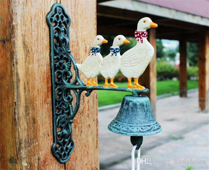 Cast Iron Welcome Dinner Bell Three Ducks Family Wall Mount Hanging Door Bell Doorbell Primitive Home Farm Outdoor Decoration Country Animal