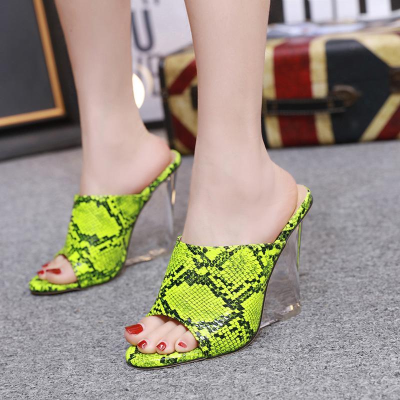 Kadınlar Temizle Şeffaf Kama Topuklar Sandalet Neon Yeşili Turuncu Roma Gladyatör Ayakkabı Yılan Katır Slaytlar Slipper yazdır