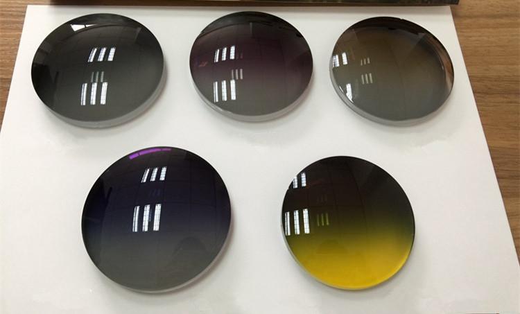 أحدث العدسات المستقطبة ذات التدرج اللوني المصمم حسب الطلب قاعدة عالية للنظارات الشمسية ذات الطيار الكبير -6.00 / -2.00 رياضة قيادة ليلية