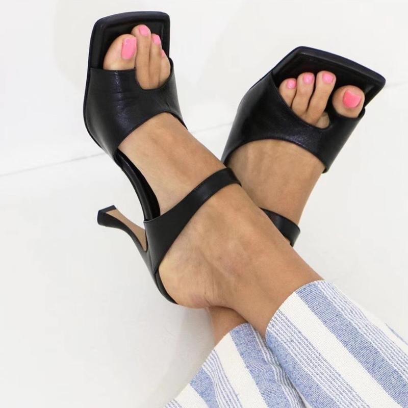 Ins Fashion Mulets Celebrity Toe-bouton formel chaussons d'été haut talon Chaussures cuir véritable Carré ouvert Flip Flops Toe Chaussures Femme