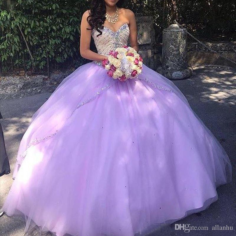 Lila Lavendel Quinceanera Kleider Schatz Perlen Reißverschluss Pailletten Bodenlangen Tüll 2019 Günstige Abendkleider Vestidos de Debutante 15 Anos