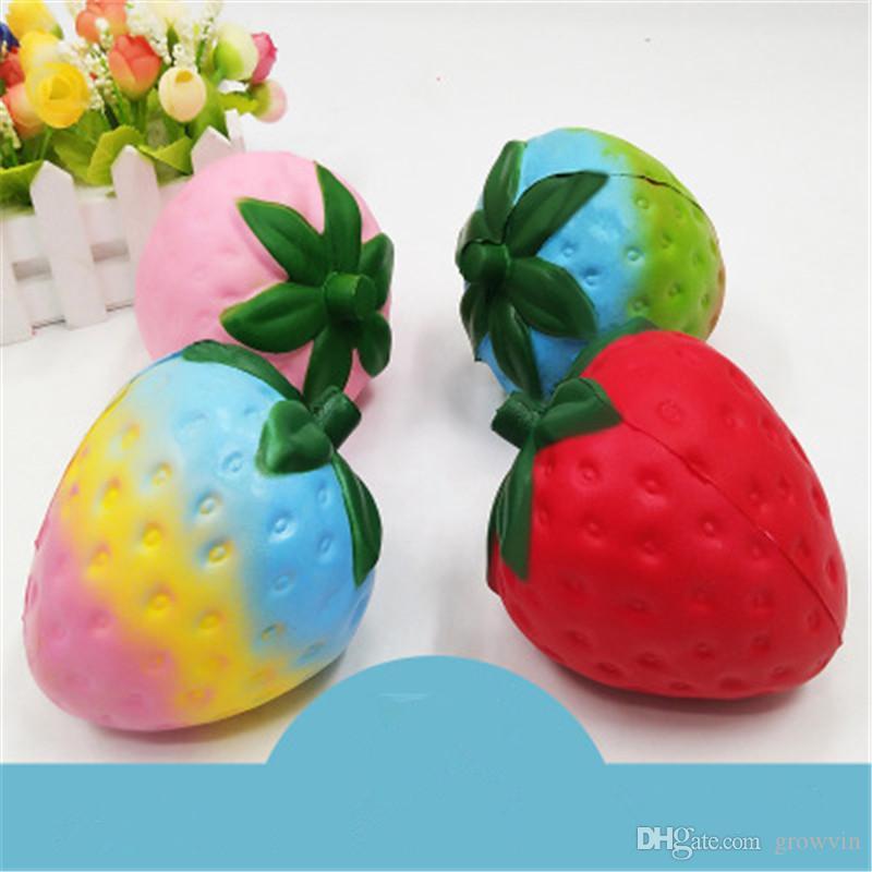 Squishy 12cm Strawberry Big Jumbo Fruit Semelle Semelle Fruit Squishy Sconed Toy Fidget Kawaii Slow Rising Téléphone Charme Pendentif Enfants Jouet K0485
