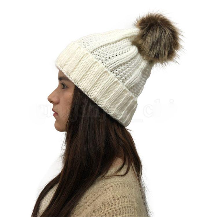 Kadınlar Pom Beanie 9 Renkler Açık Kış Sıcak Kürk Topu Şapka Skullies Beanie Katı Örme Tığ Cap JFJ764