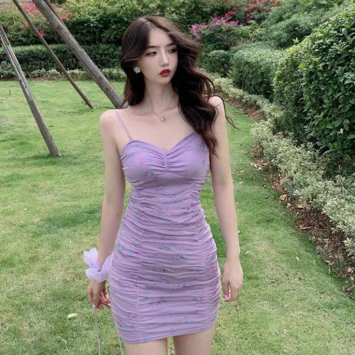 Roxo floral do verão 2020 novos das mulheres Vestido com decote em V malha saia estilingue hip fino plissado