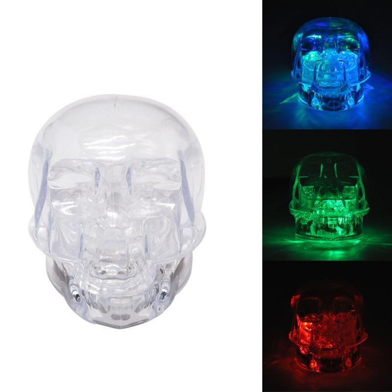 Mais novo colorido LED piscando luz forma de crânio de plástico transparente Herb Moer Spice Miller Grinder Triturador de moagem para Bong cachimbos