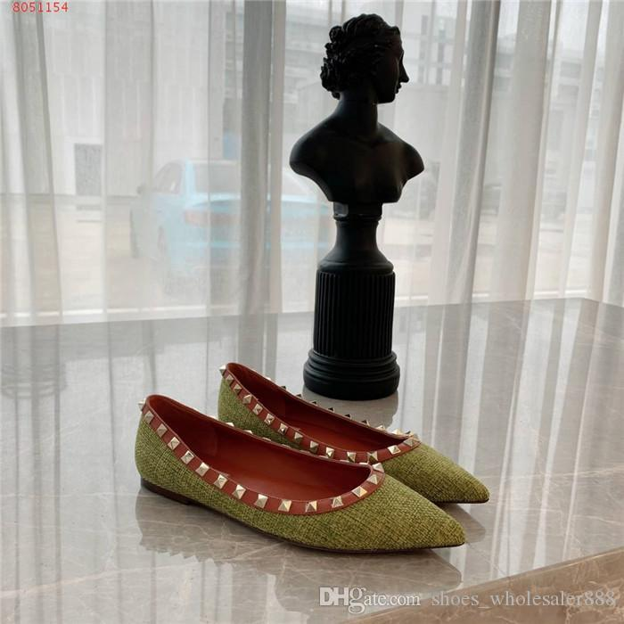 The new womens spring/summer breathable woven pointed toe Cover heel with flat loafers rivetted low-cut sandals