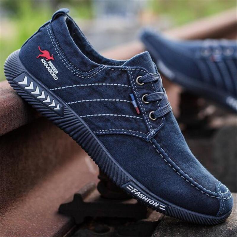 Denim Mode Hommes Chaussures de toile hommes d'été des hommes Glissement sur des chaussures respirantes Casual Mocassins Homme TAILLE 39-44 Chaussure Y200106