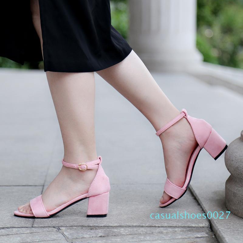 2020 Yeni Yaz Kadın Sandalet Moda Kadın Ayakkabı Plaj Sandalet Katı Siyah Pembe Gri Yüksek Topuklar Gladyatör Günlük Ayakkabılar C27 pompaları
