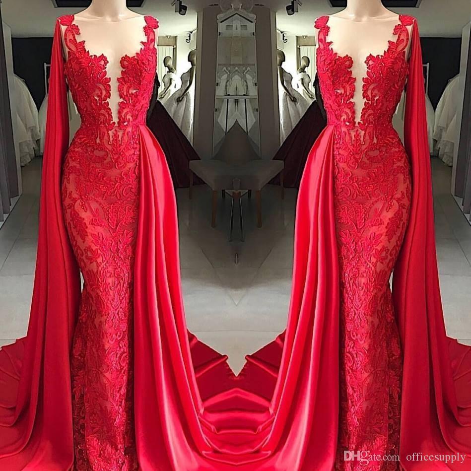Yeni Sheer Boyun Kırmızı Dantel Mermaid Abiye giyim Ile Pelerin Kolsuz Aplike Sweep Tren Örgün Gelinlik Modelleri Giymek