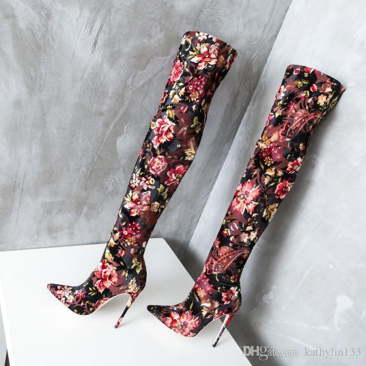 2019 nueva moda flor punta estrecha elástica súper tacones altos mujeres personalizadas stiletto hasta el muslo botas zapatos de boda zapatos de fiesta de señora gratis