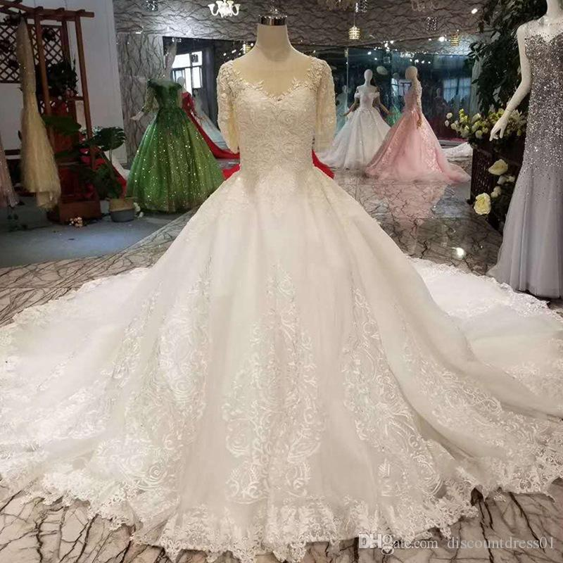 Luxurious Ball Gown Wedding Dresses Cathedral Train Handmade Beading Embroidery Sequins V Neck Short Sleeves Bridal Dresses Gowns