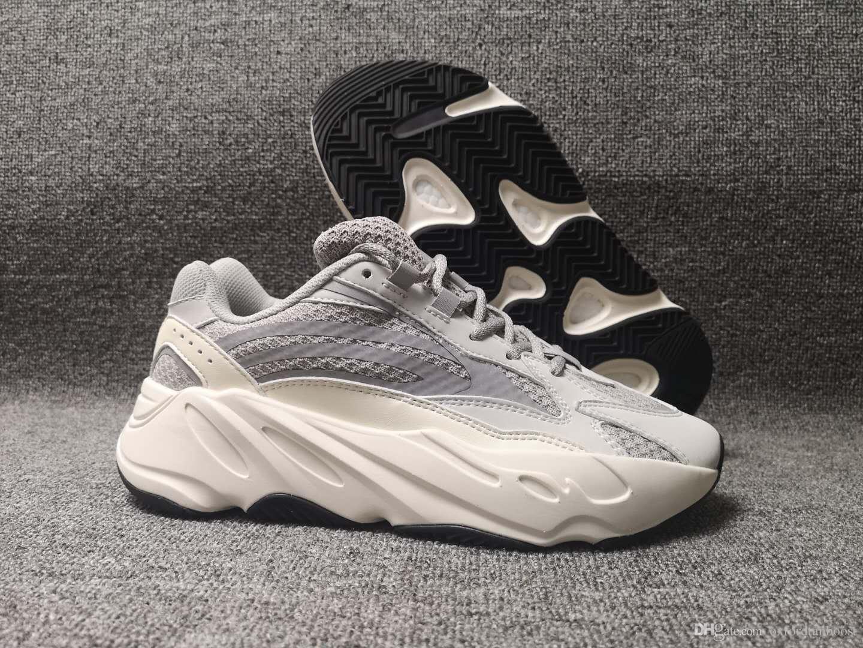 Homens 700 V2 Static 3 M Corredor Reflexivo Mauce Tênis Mulheres Chaussures Marca Velho Pai Treinador Kanye West Esportes Sneakers 36-48 caixa
