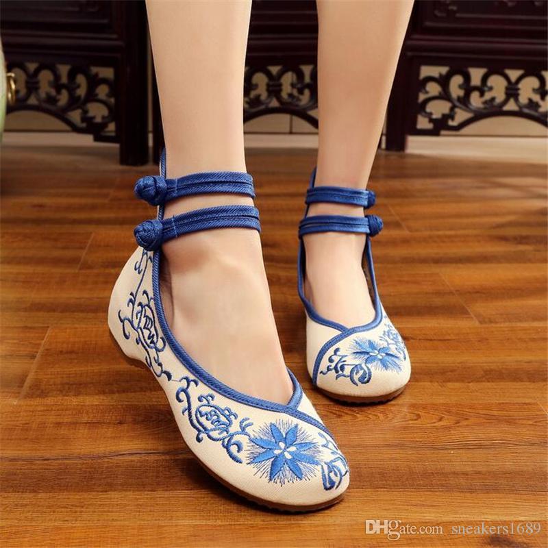 Frauen pumpt Kuhmuskel High Heels bestickte Tuchschuhe Art und Weise ethnischer Art erhöhte interne Schuhgröße 34-41 X80