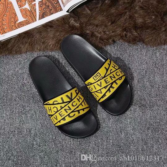 2020 hombres y mujeres superiores sandalias antideslizantes de goma nueva versión de cuero suela plana sandalias de ancho zapatilla de diapositiva de la raya con caja de flores