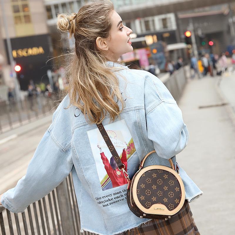 Çanta Kadın 2019 Yeni Postacı Çantası Moda Bayan Çanta Baskı Retro Yuvarlak Çanta Moda Kadın Çanta