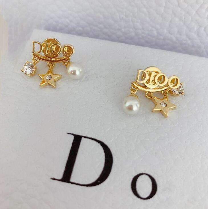 joyas de las damas de lujo pendientes de alta calidad diseñador de diamantes de imitación de oro D estrellas de cinco puntas perla de la moda pendientes de la manera que labra la explosión 00