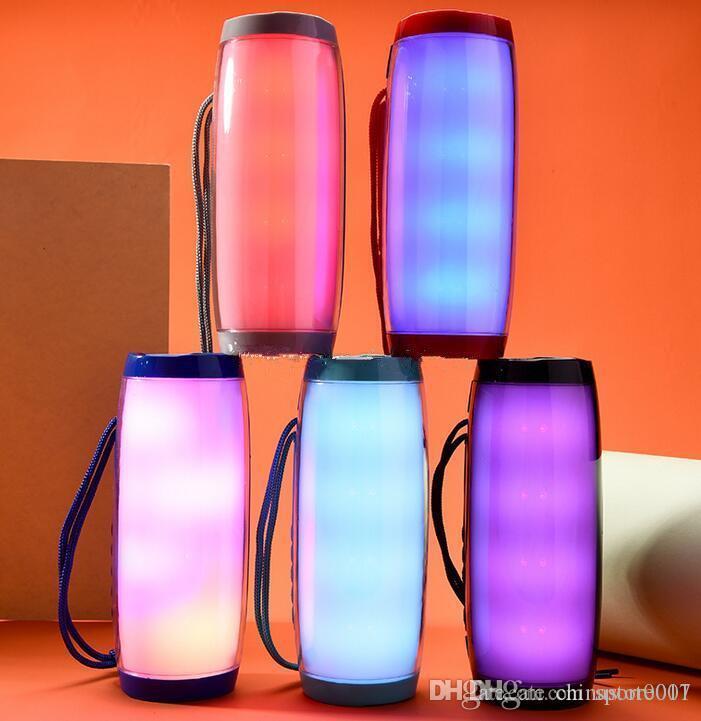 LED 램프 블루투스 스피커 최신 무선 스피커 지원 5 색 빛베이스 FM 라디오 TF 카드 핸즈프리 통화 AUX 큰 소리