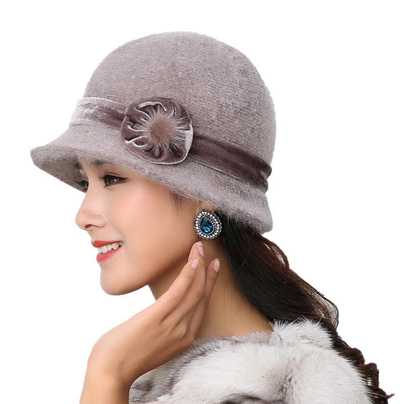 5 Hot Style Vendre Hiver Femmes Tricoté Floral Skullies Super Soft en laine mélangée fourrure chapeau chaud Femme Baggy Couvre-chef Beanies Cap