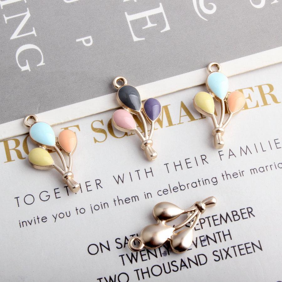 10pcs / lot DIY accesorios de la joyería de oro de tono caliente Tres globo de aire esmalte del color del encanto de los colgantes para la toma de pendiente