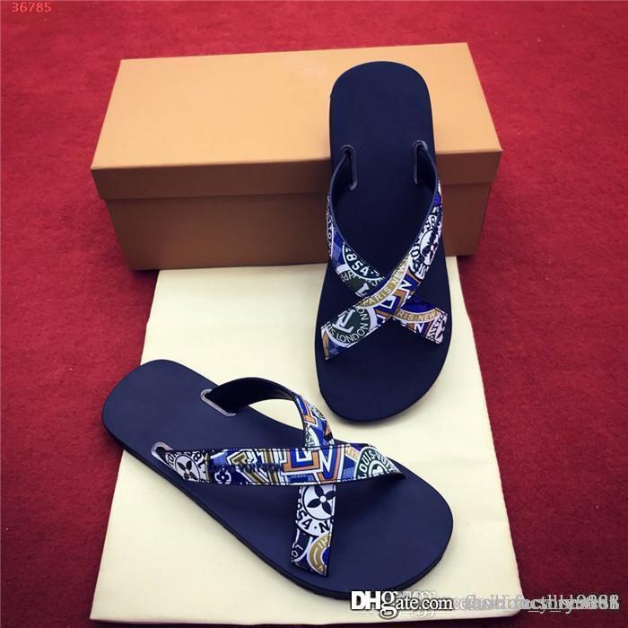 Colore Uomini diapositive Mens pantofole, sandali della spiaggia di estate con la morbida pelle Suola uso quotidiano Sandali pantofole, con la scatola originale