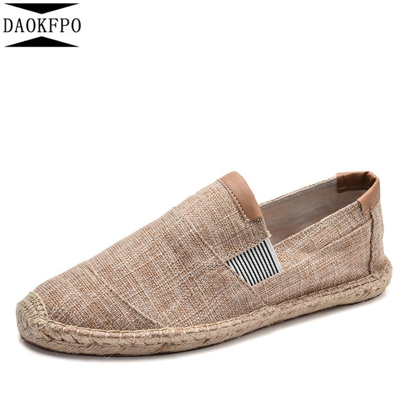 DAOKFPO New Chaussures Hommes Casual Male Respirant Chaussures Hommes toile chinois mode 2019 Slip doux Espadrilles pour les hommes Mocassins