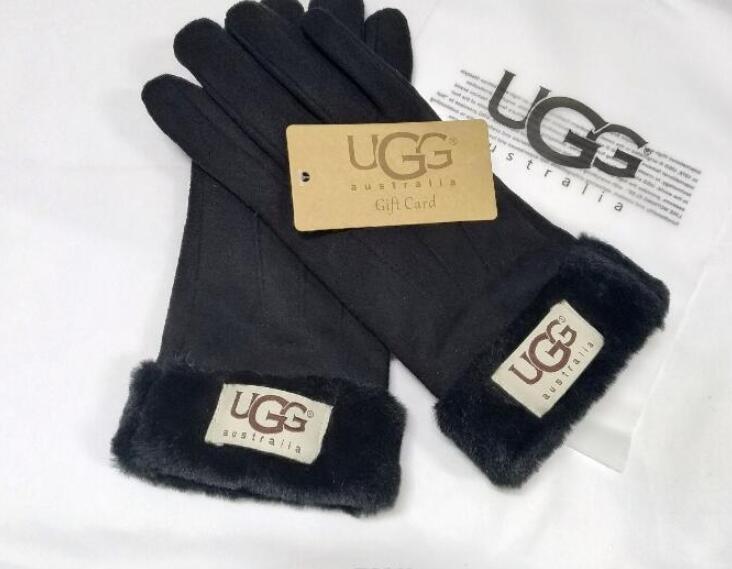 2020 Design Frauen Handschuhe für Winter und Autumn Cashmere Handschuhe Handschuhe mit reizendem Fellknäuel Außensport warme Winterhandschuhe G3863