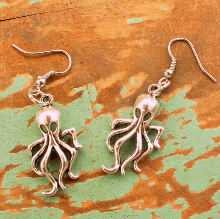 Presente do dia Novo Estilo Antigo prata Marine Life polvo Brincos Ear Hook personalidade criativa Mulheres Jóias Designer Brincos Hot Namorados