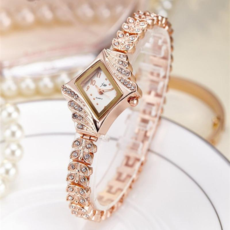 Top Brand Women Bracelet Watches Luxury Rhinestone Gold Dress Watch Women Fashion Casual Alloy Quartz Wristwatches JW061