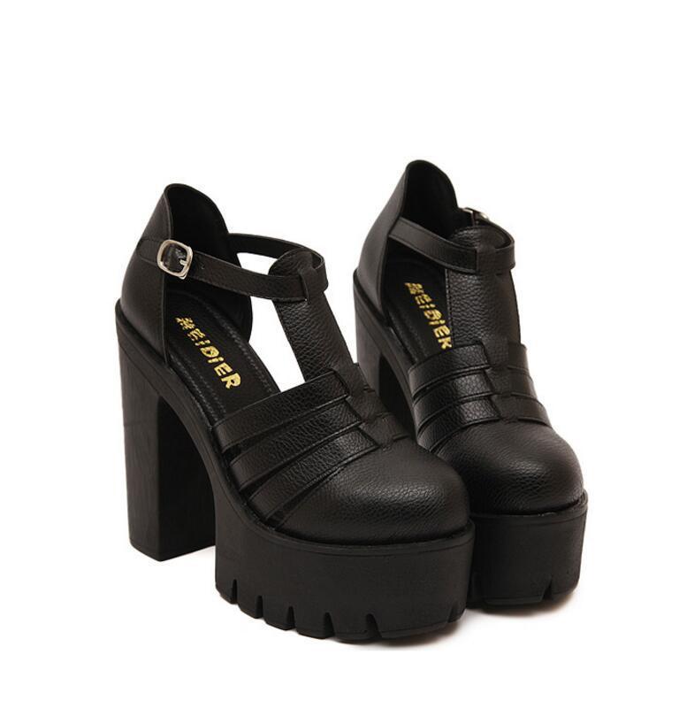 Venta caliente 2018 Nueva Moda de Verano Sandalias de Plataforma Alta para Mujer Casual para Mujer Zapatos China Negro Blanco Tamaño EURO 35 a 40 Zapatos de boda