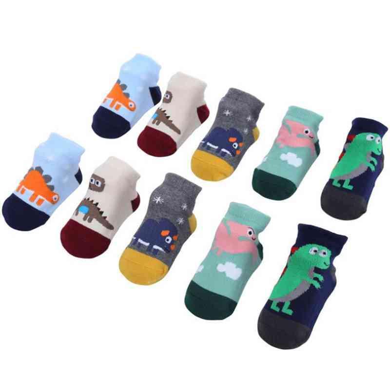 5Pairs / Lot Cute Baby носки мультфильм Динозавр Хлопок Мягкие Новорожденные носки малышей Мальчики Антипробуксовочная носки Весна Зима