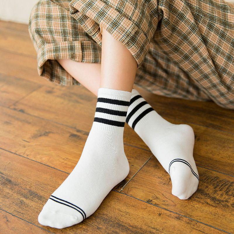 Garota Cotton Estilo coreano Mulheres Primavera Outono Socks Mulheres Alta Qualidade Moda 2020 Lady causais meias kawaii