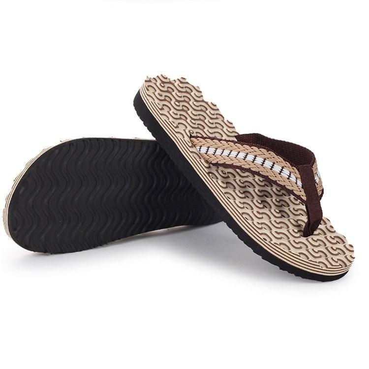 Los deslizadores del verano cómodo antideslizante Beach tirón de las chancletas casual clip de hebilla de sandalias y zapatillas hombres zapatos zapatillas de casa