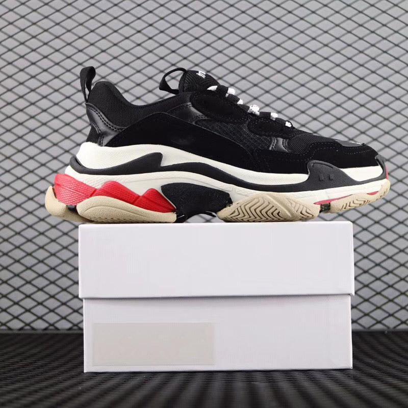 Scarpe papà di vendita calda Triple-S Walking scarpe di lusso Chaussures Femme Triple S 17FW Sneakers progettista per gli uomini le donne Vintage vecchio nonno Trainer