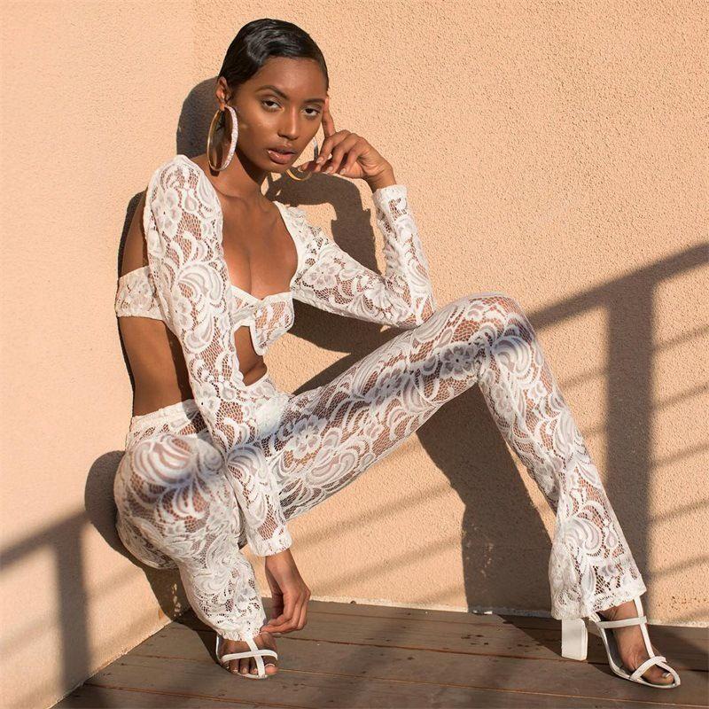 2019 Sommer-Off der Schulter-Spitze 2 Stück Set Frauen Sexy Crop Top und Schlaghose Zwei peice Anzug-Sets weibliches Strand-Outfit 2ST T200623