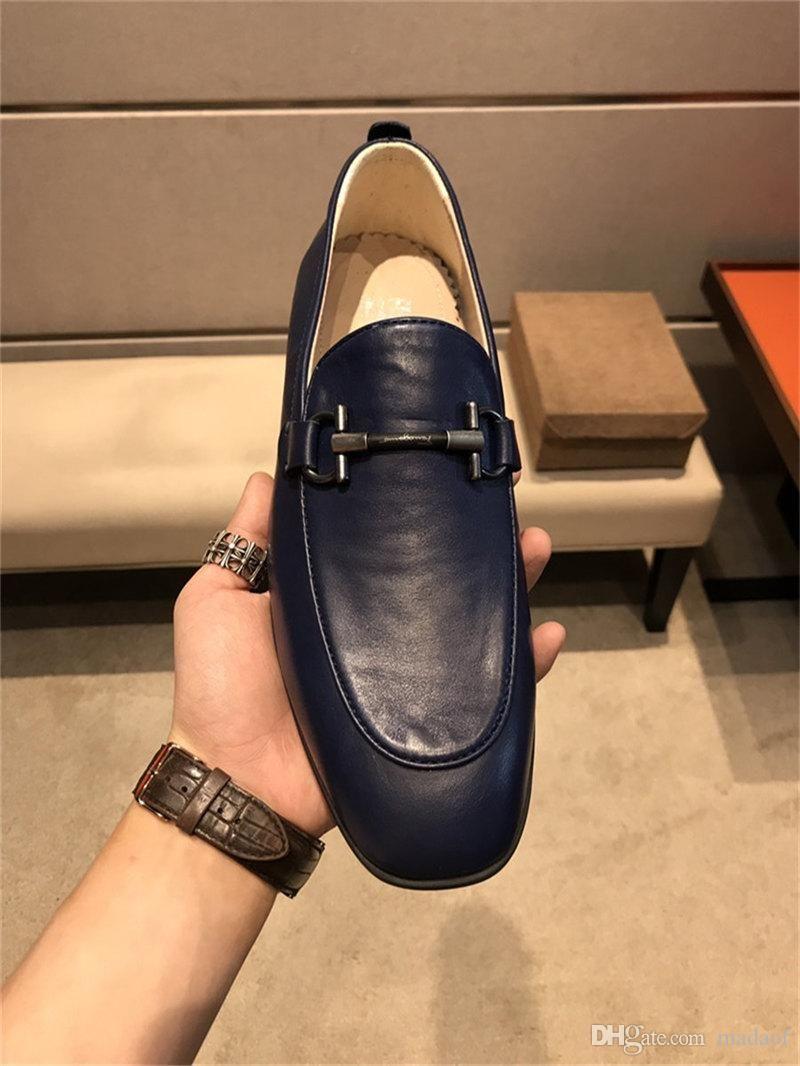 20ss Itália banquetes de luxo Sapatos Homens Sapato Além disso, o tamanho de grão especial Sapatos de couro clássico Designers Wedding Party Flats Shoes YETC4