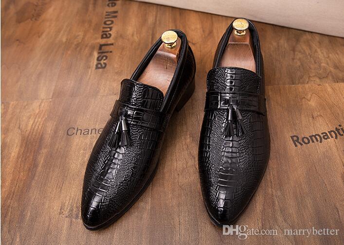 Erkekler Flats Kırmızı Siyah Püskül Timsah Ayakkabı Üzerinde Kayma Erkekler marka Moccasins Ayakkabı Rahat Erkekler Loafer'lar Deri Ayakkabı 1a42